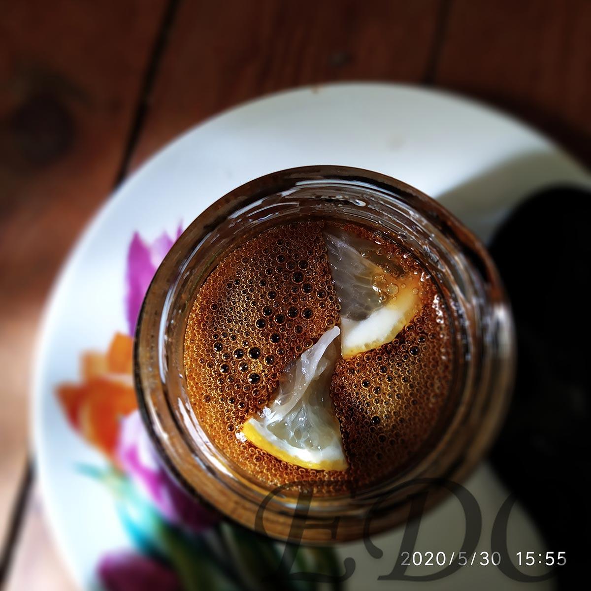 Мед из одуванчиков - в банке с лимоном