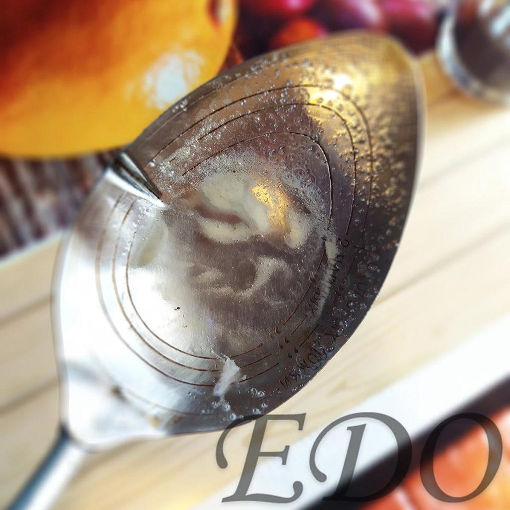 Мед сосны - пенка белая