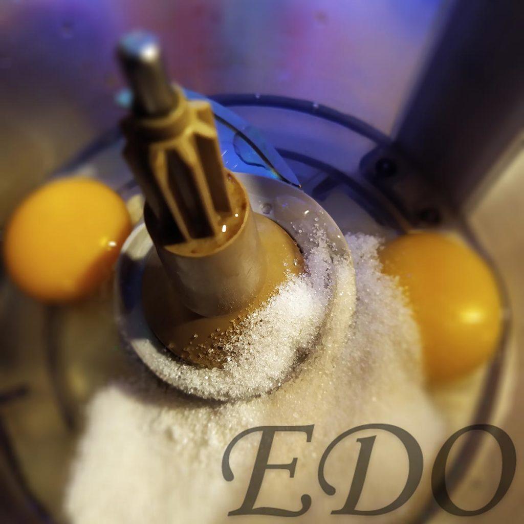 «Затейник» яйца, сахар и соль