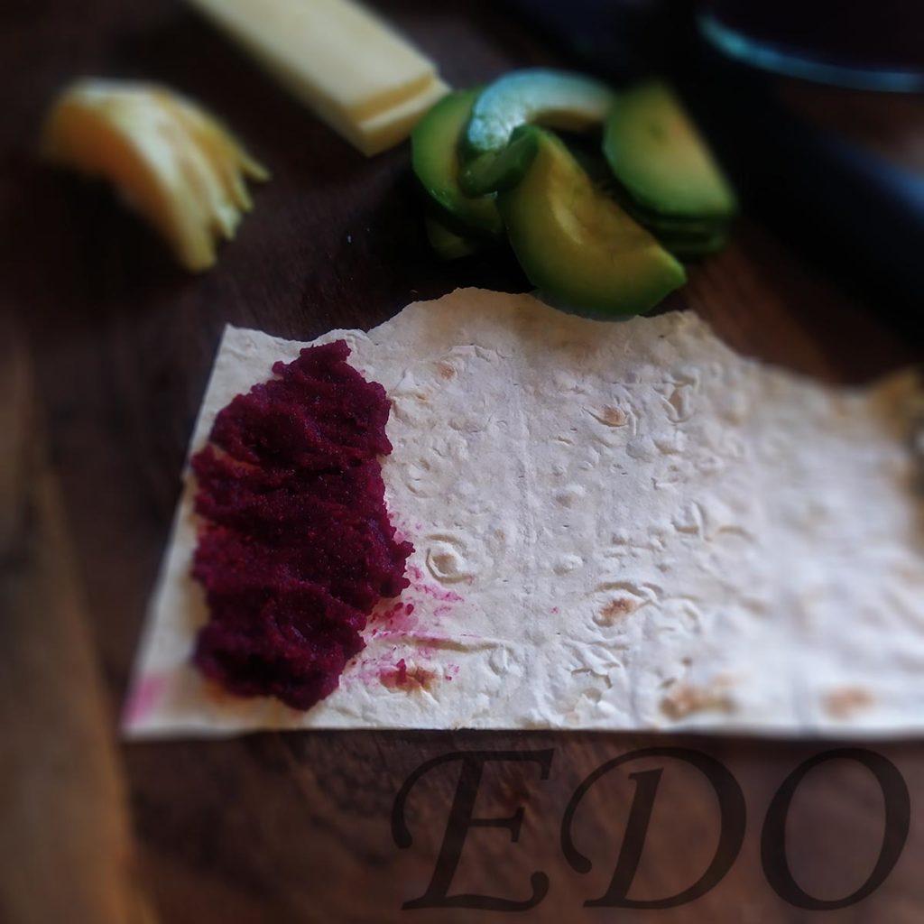бутерброд «Трио фруктово-овощное» свекольный слой - первый