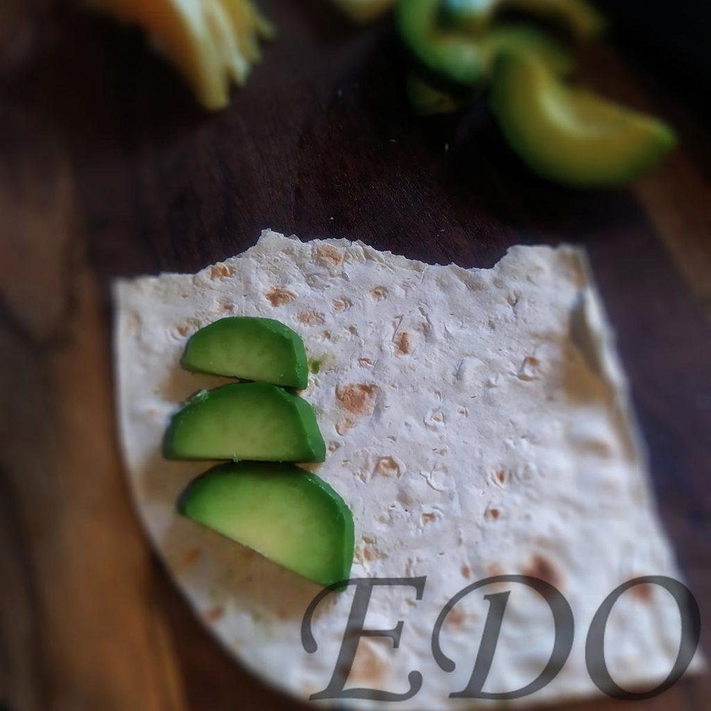 бутерброд «Трио фруктово-овощное» авокадовый слой - первый