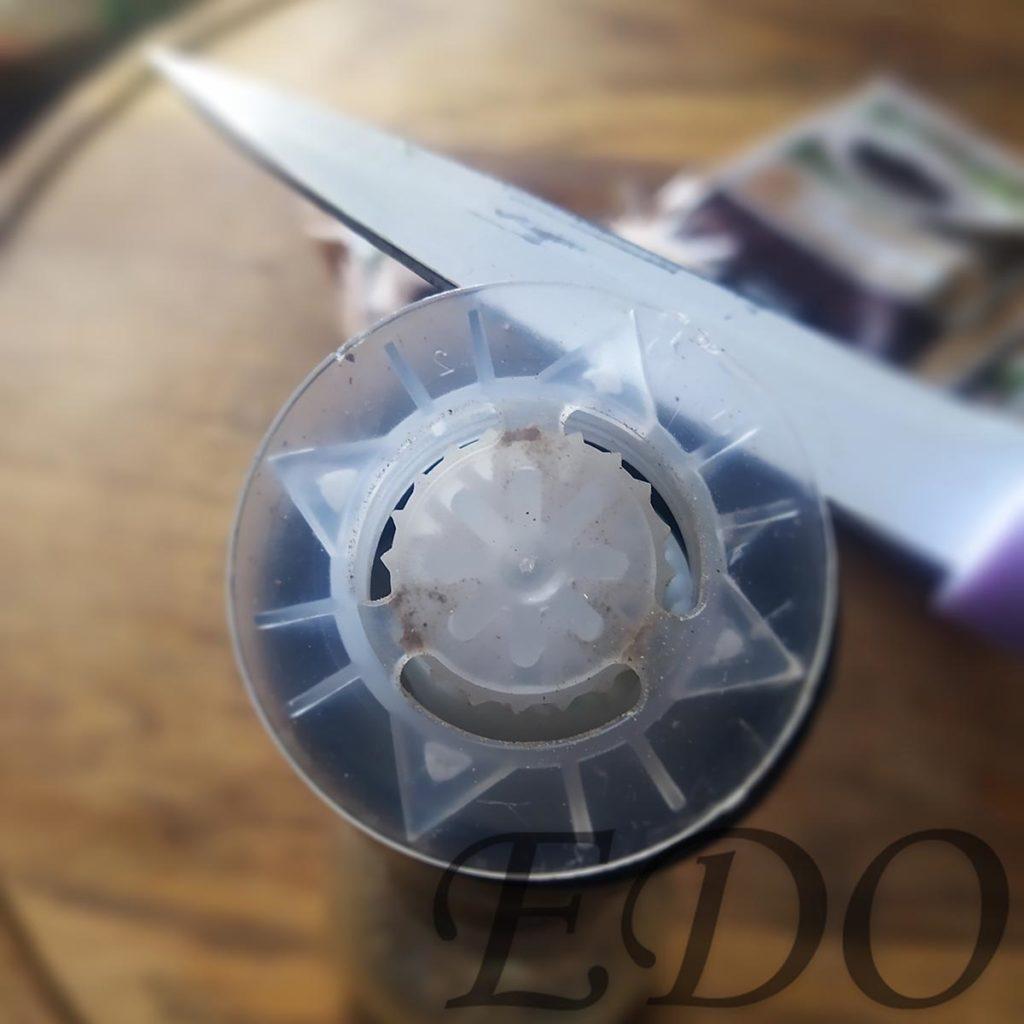 «Простой мельник» пластмаску вынули