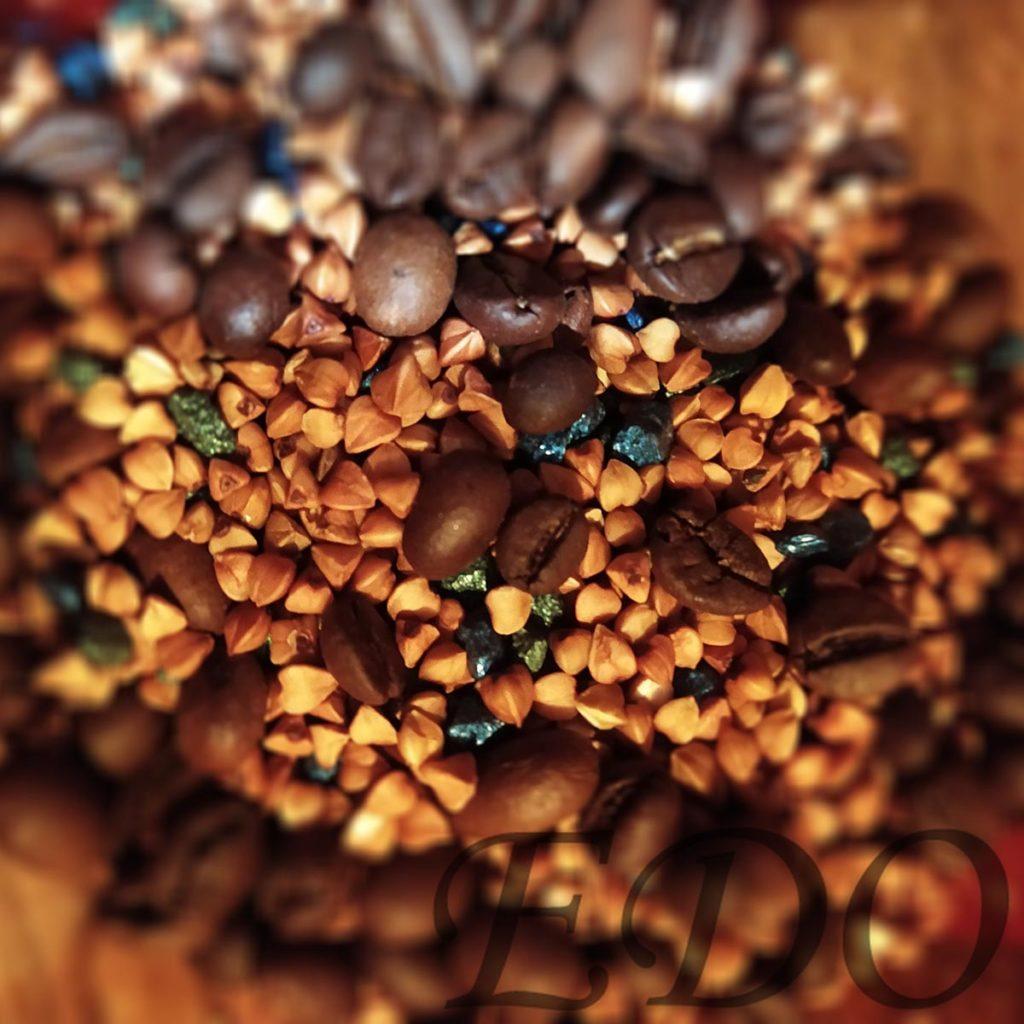 Гречка кофе и камни